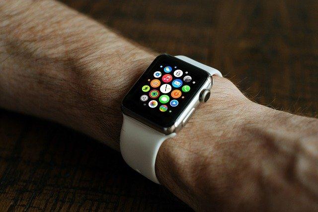 Comment porter sa montre connectée ?